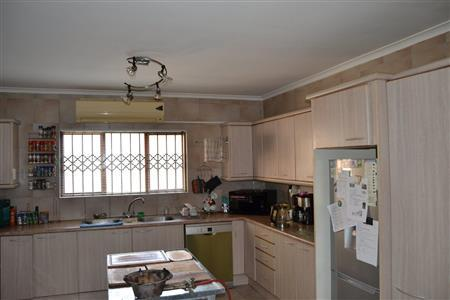 Property For Sale in Vredekloof Heights, Brackenfell 2