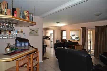 Property For Sale in Vredekloof Heights, Brackenfell 3