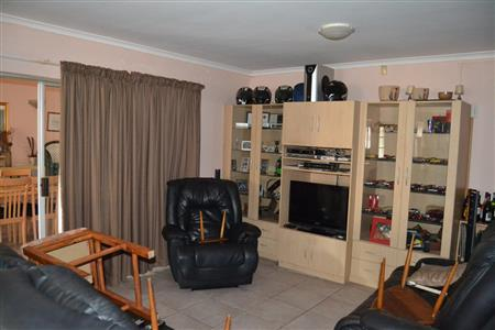 Property For Sale in Vredekloof Heights, Brackenfell 14