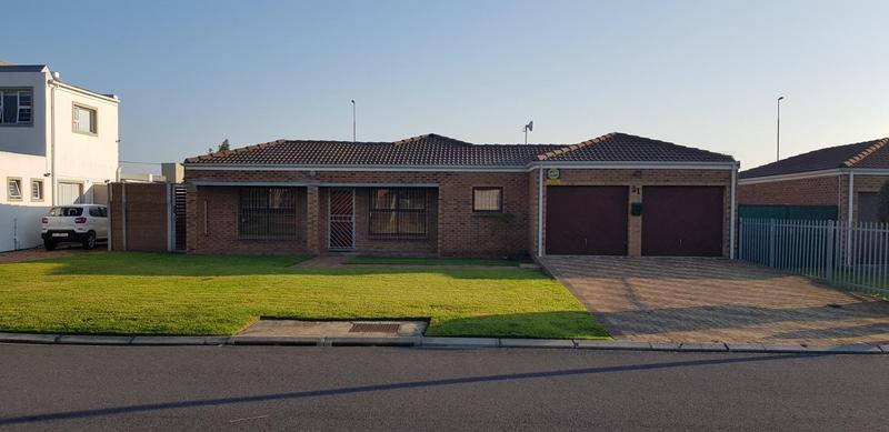 Property For Sale in Protea Heights, Brackenfell 23