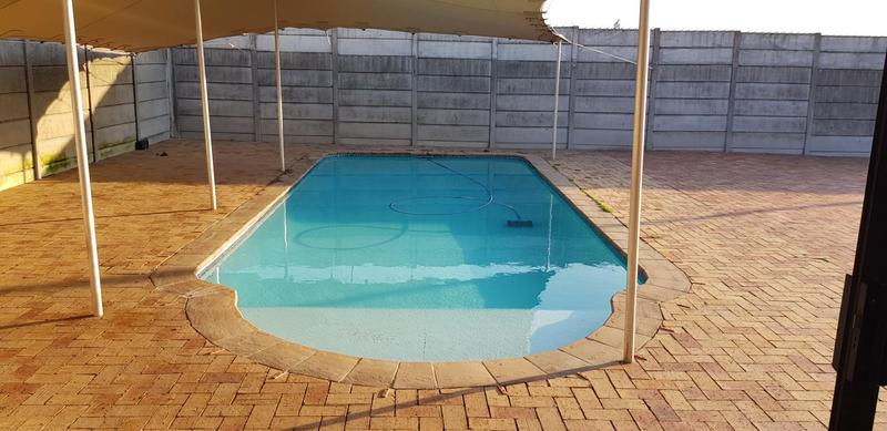Property For Sale in Protea Heights, Brackenfell 8